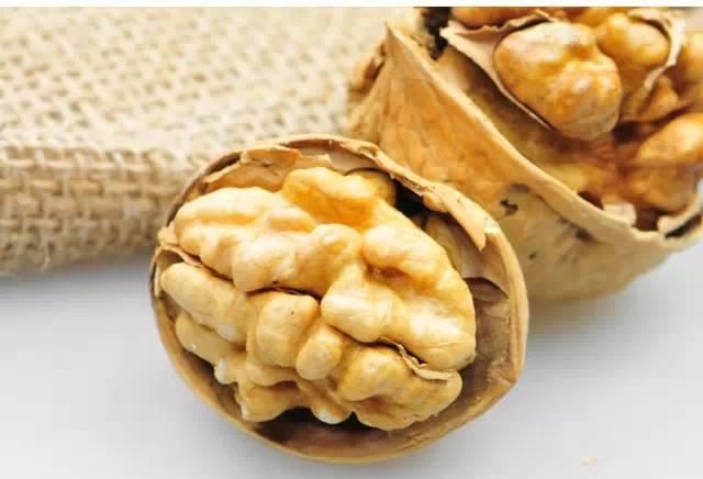 坚果的食用禁忌,为了你的健康一定要看完!