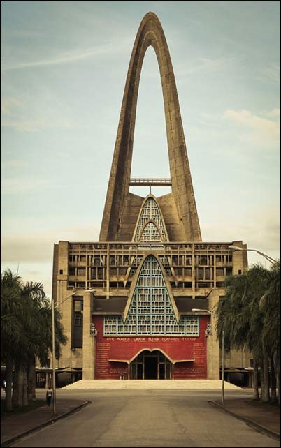 世界上最美的教堂 - 雪丽丽 - 喜乐天使
