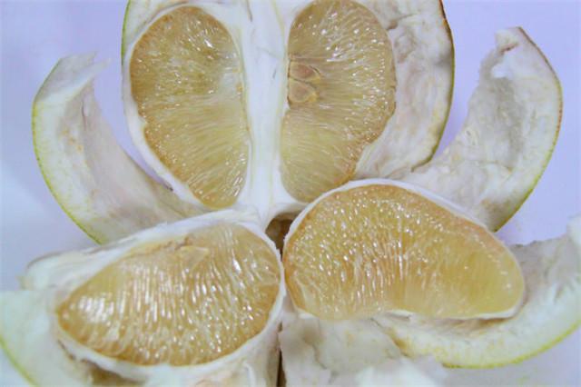 秋冬爱吃柚子的注意了,看后震惊了!别忘了告诉家人!