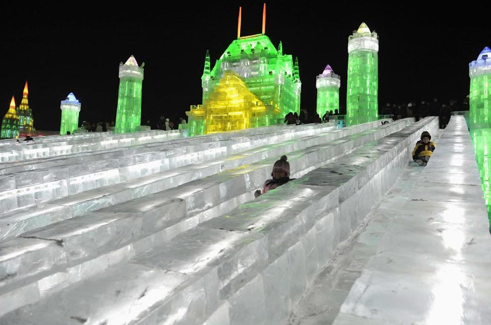 哈尔滨的冰雕,太美了! - shengge - 我的博客