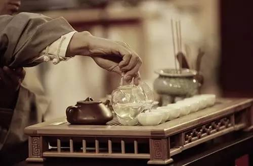 常喝茶的朋友注意了,这9种茶千万别喝,不养生还易致病!