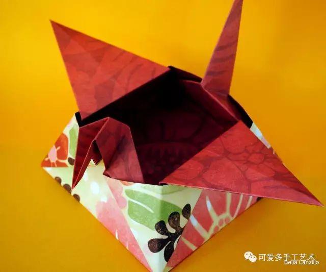 纸鹤  从小就会折纸鹤,却不知道原来可以这样用,看完之后都想天天折了
