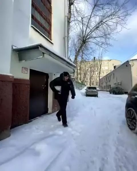 冬天的俄罗斯外卖员有多难