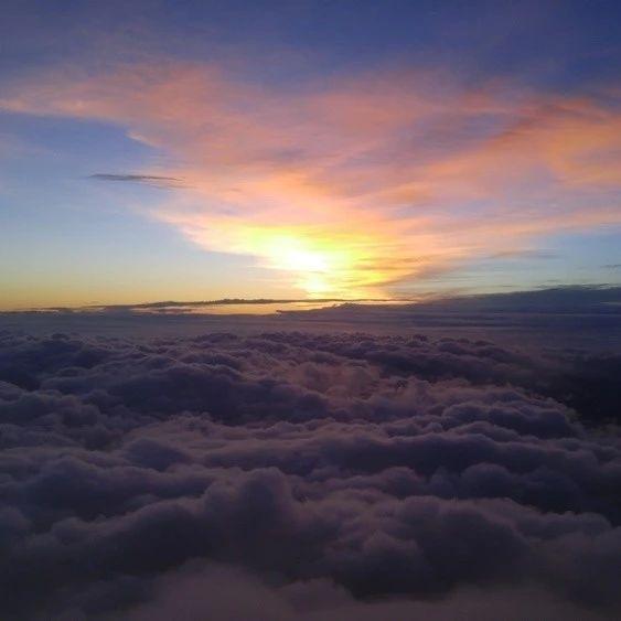 就算被台风追着,我也要去爬富士山