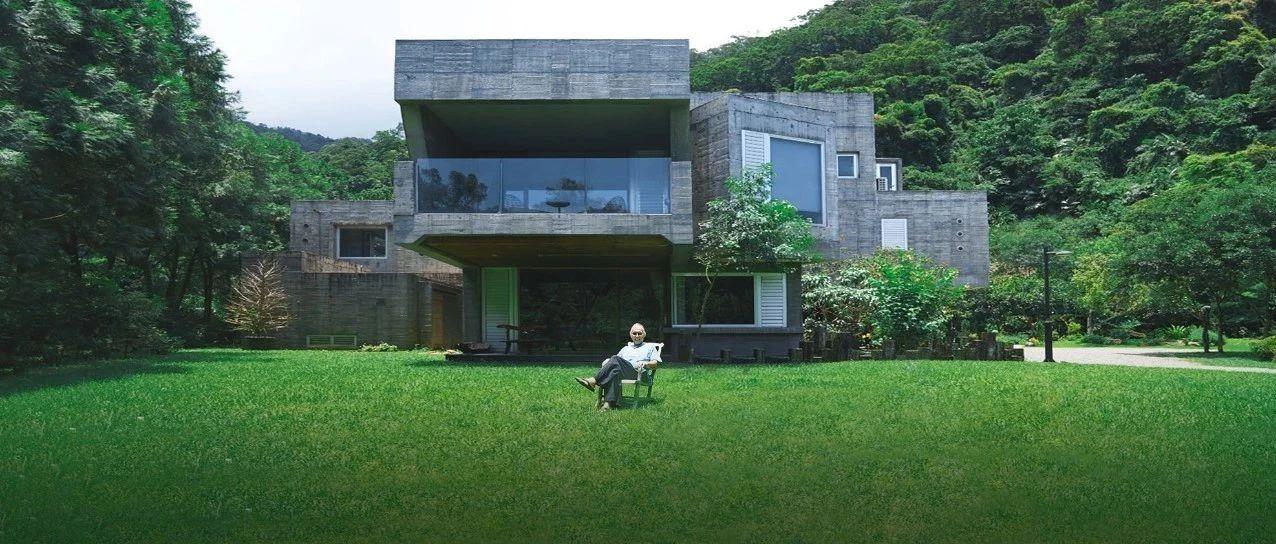 他从穷小子变亿万富豪,买下22000㎡山谷为家人造房,一人一栋