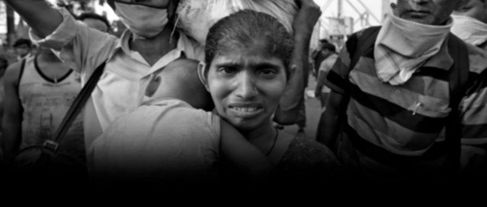 印度参战了!印度疫情或将大爆发,12亿人面临新冠和贫穷双重威胁