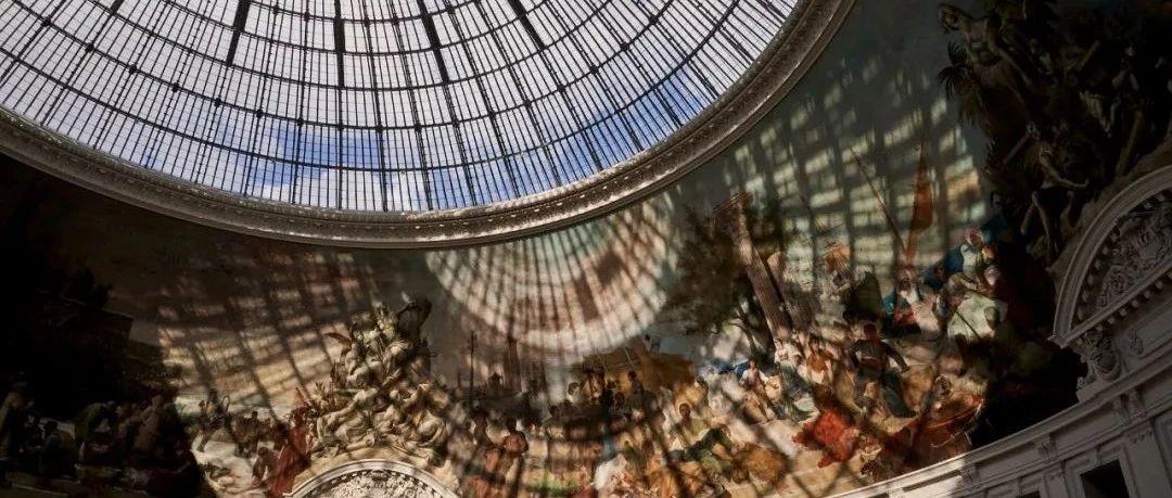 安藤忠雄在新古典建筑内盖个混凝土圆柱体  |  神圣之光,闪耀巴黎!【环球设计2386期】