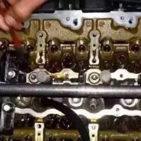 四十多条汽车发动机烧机油原因