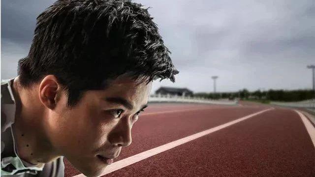 世上总有追不上的人,所以,专注按自己的节奏跑吧