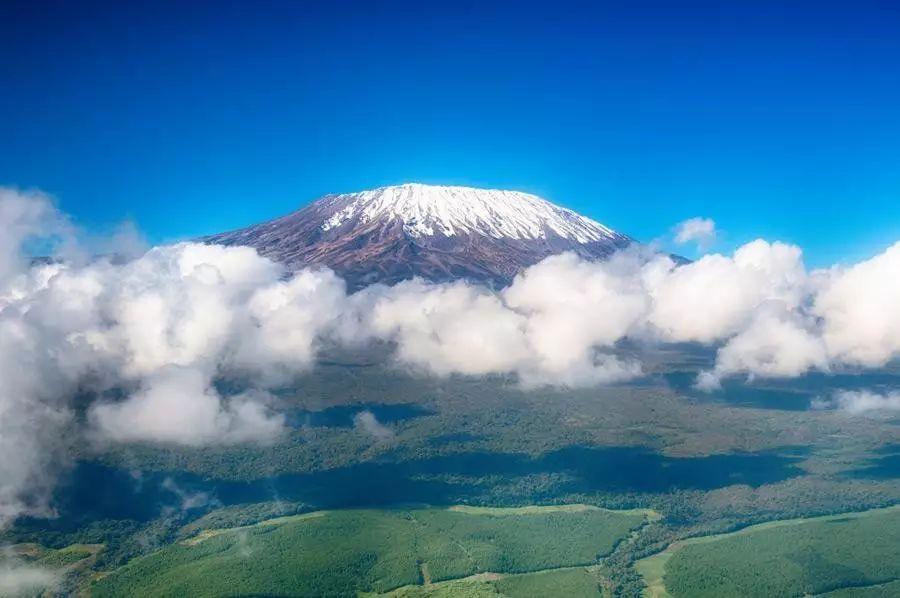 什么样的人能登顶非洲第一高峰乞力马扎罗?