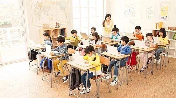 培训班江湖中的大学生老师们