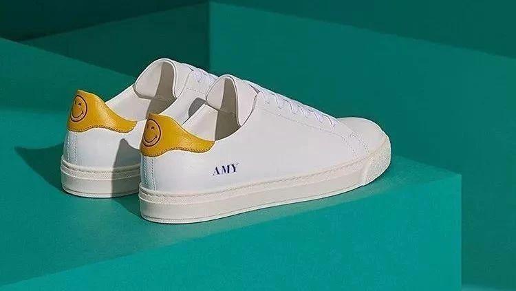 小白鞋终极指南|除了买,还要知道...
