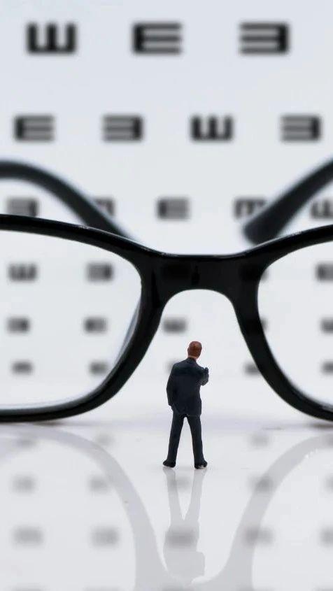 近视眼手术安全吗?