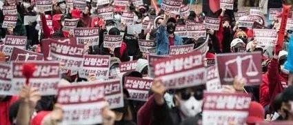 4天,20万人请愿,韩国女人对「录像威胁」怒了!丨毒药头条