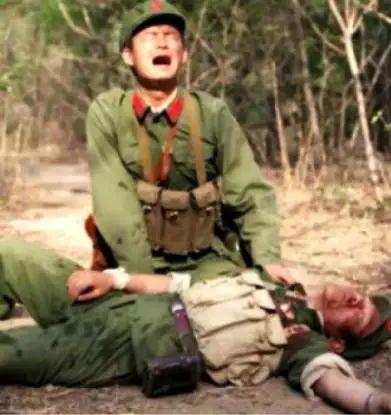 真实的对越自卫反击战,国人看完都沉默了