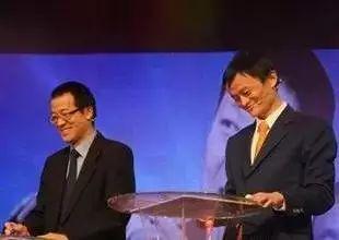 俞敏洪:我和马云差了这8个字,结果财富相差2600亿美元点击上面蓝色字关注,即可免费收阅对话老板,和大成者对话!
