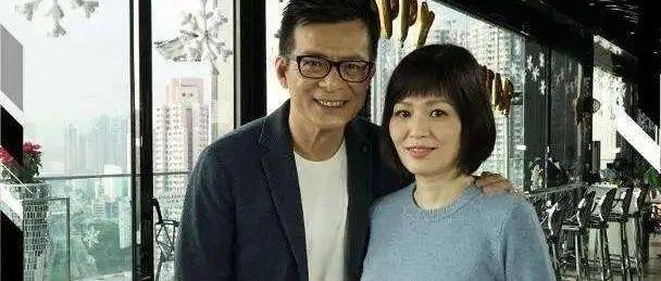 """相爱相守40年,""""靖哥哥""""黄日华失去了他的""""蓉儿"""""""