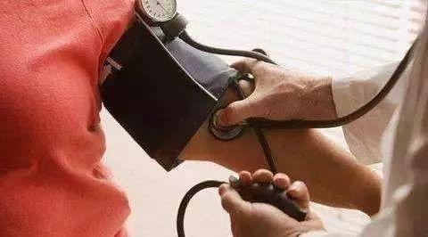 为什么多数高血压病人需要长期服药?哪些人可以停药?