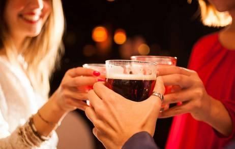 研究发现:越聪明的人越容易有酒瘾 酒量也好