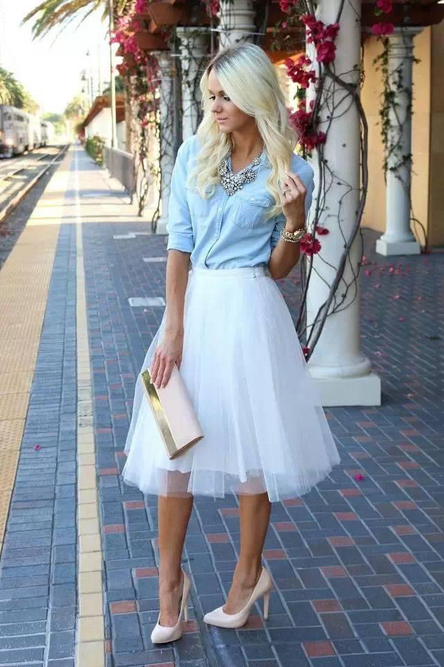 小黑裙靠邊站,小白裙讓你秒變18歲!
