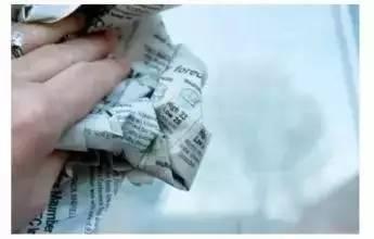 【提醒】超給力!舊報紙的九大妙用,你絕對想不到👇