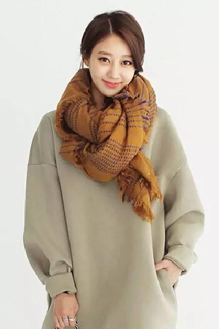 女人千萬別小瞧了圍巾,這幾招讓你漂亮的不像話!