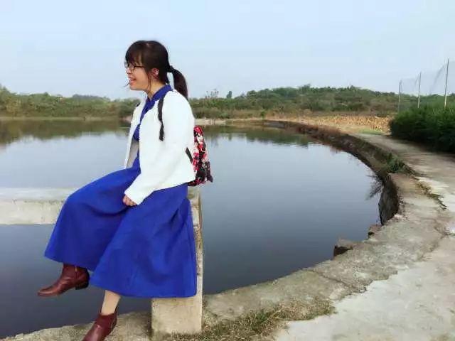 「穿過大半個中國去睡你」爆紅三年後,餘秀華更願「順其自然」