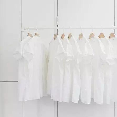 洗衣服时加点它,搓都不用搓,立刻干净如新!!