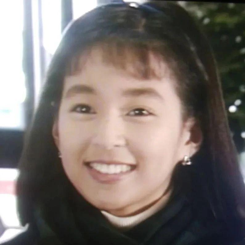 东京爱情故事女主角铃木保奈美公开36年对比照,引发网民热议!