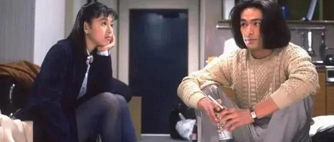 铃木保奈美二度离婚!受不了老公控制欲太强,莉香的婚姻也是坎坷