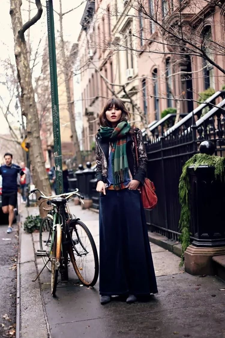 冬季穿搭依旧出挑,没有谁比围巾更懂你!