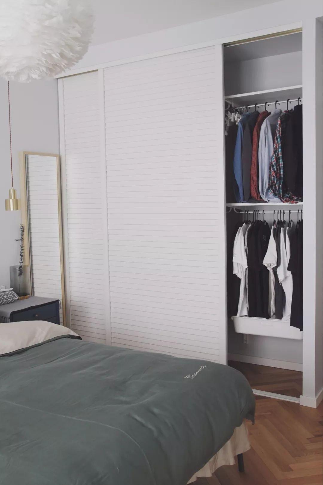 衣柜要不要做到顶?看完恍然大悟,做出了选择