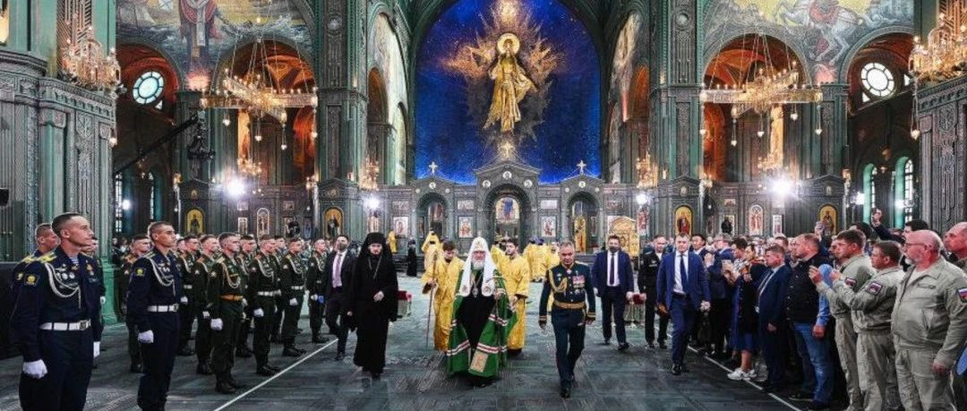 俄罗斯何以至此:苏联的崩溃,寡头们的狂欢和灭亡