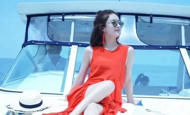 11位前女友,全部都是流量明星,馮紹峰才是人生贏家,餘生只有趙麗穎!