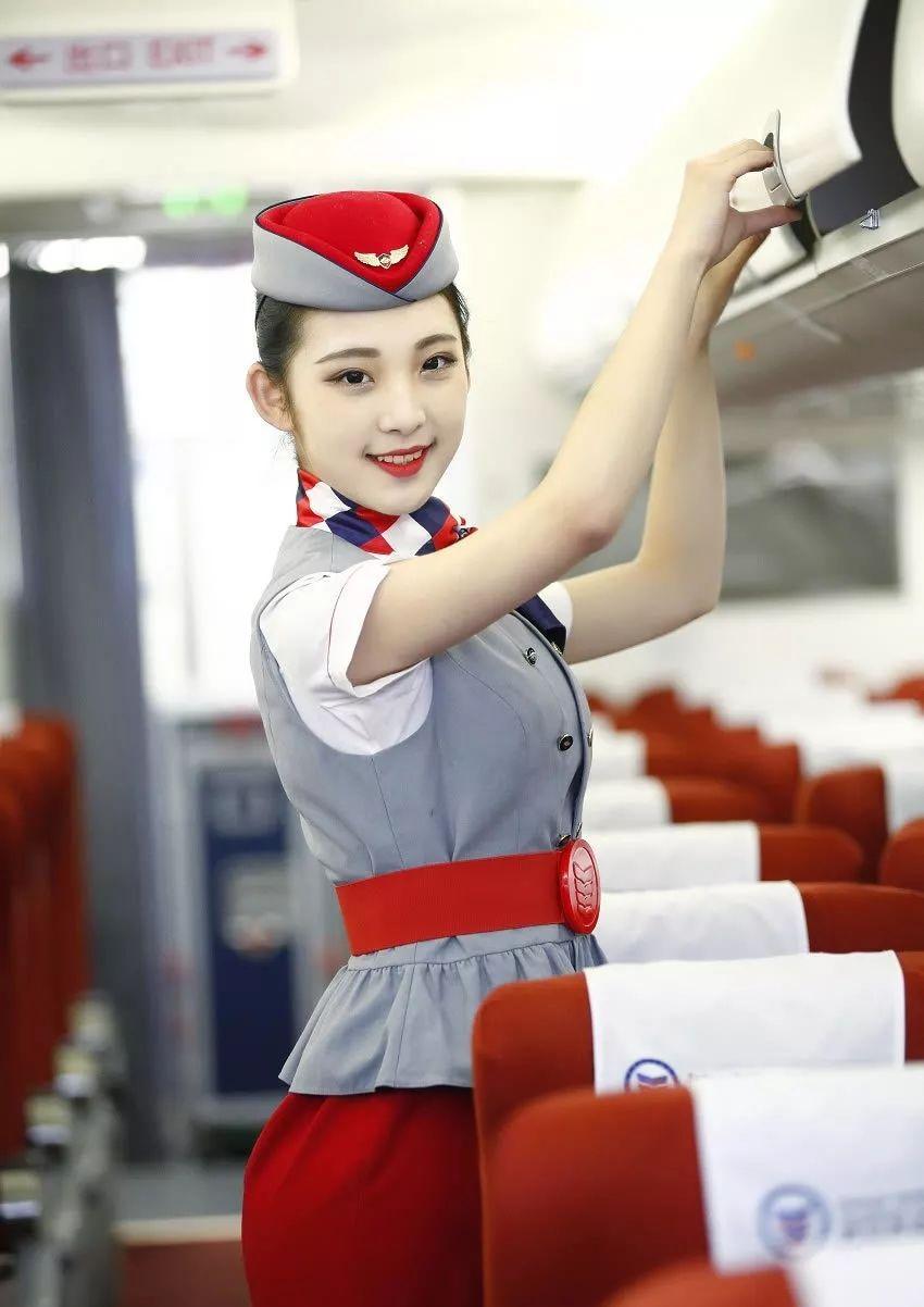 空姐的选拔全过程……曝光,澳門討論區-iDreamx