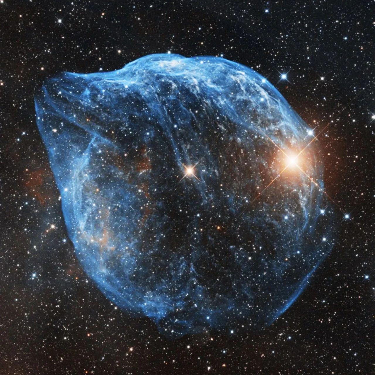 直播预约   从地球出发,3万光年漫游
