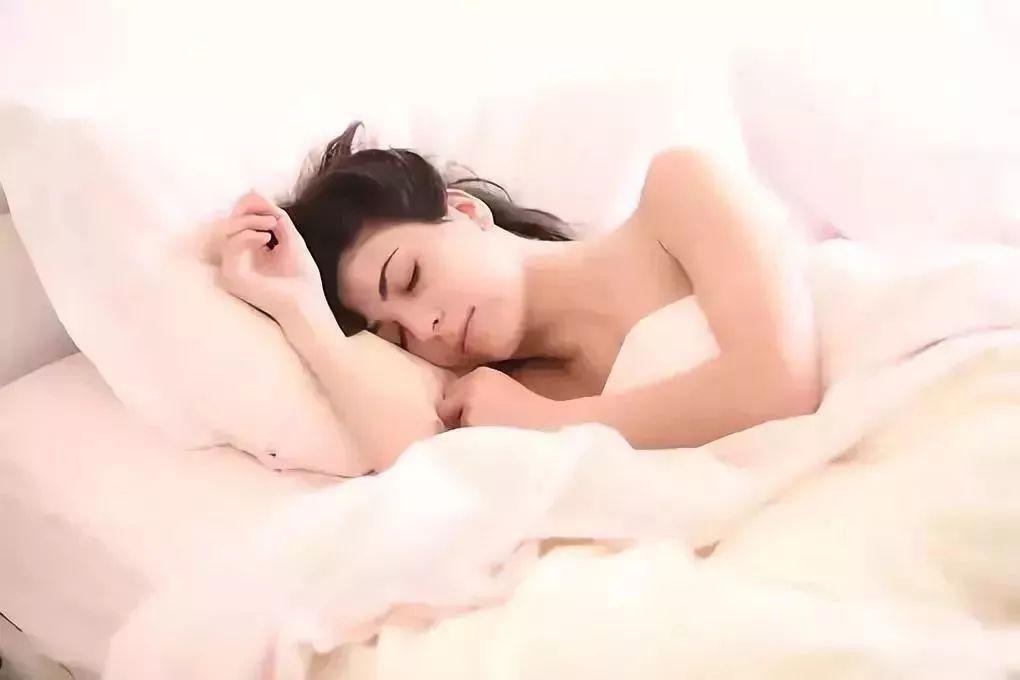 睡眠不好老10岁:做好这些事,一觉睡到大天亮