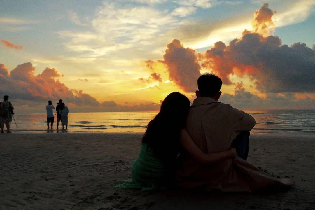 一个男人肯陪你去这三个地方,心里一定真爱你