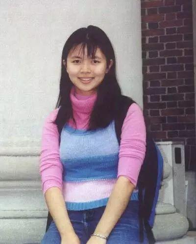 """热帖:十多年前很火的""""哈佛女孩""""刘亦婷 今去了哪?"""