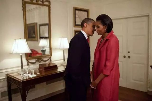 又暖又帥!歐巴馬落淚表白米歇爾:我以你為榮