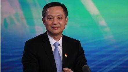 张硕辅调任广东省委常委、广州市委书记