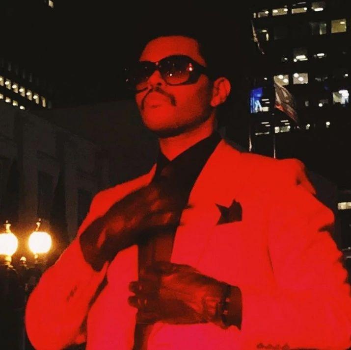 The Weeknd:开再快的迈凯轮,也追不上该死的爱情