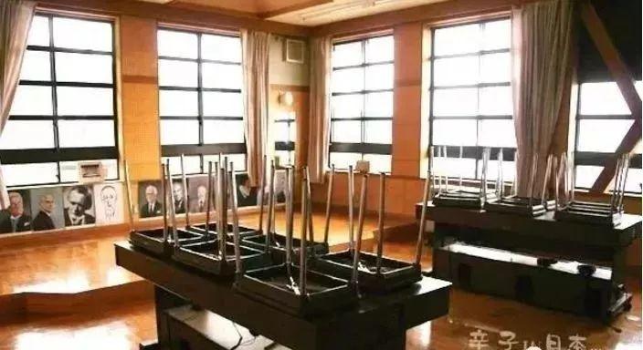 看完这所日本最穷的学校, 瞬间明白为啥日本20年拿19个诺贝尔奖了