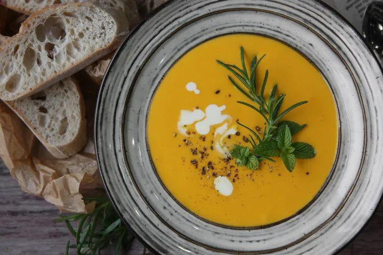 学会这2款西式浓汤,家中老少再也不想去西餐厅喝了~