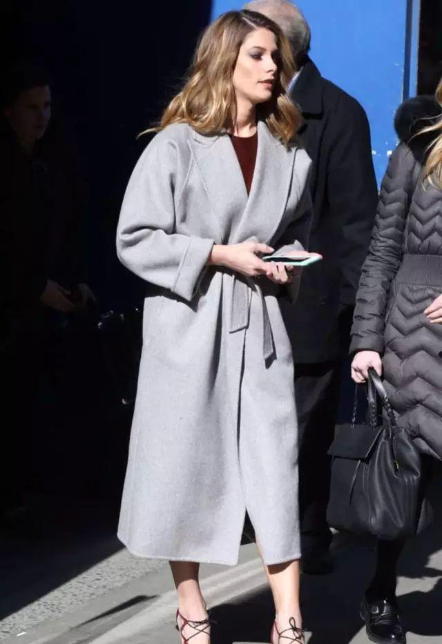 今年秋冬,大衣夠長才時髦