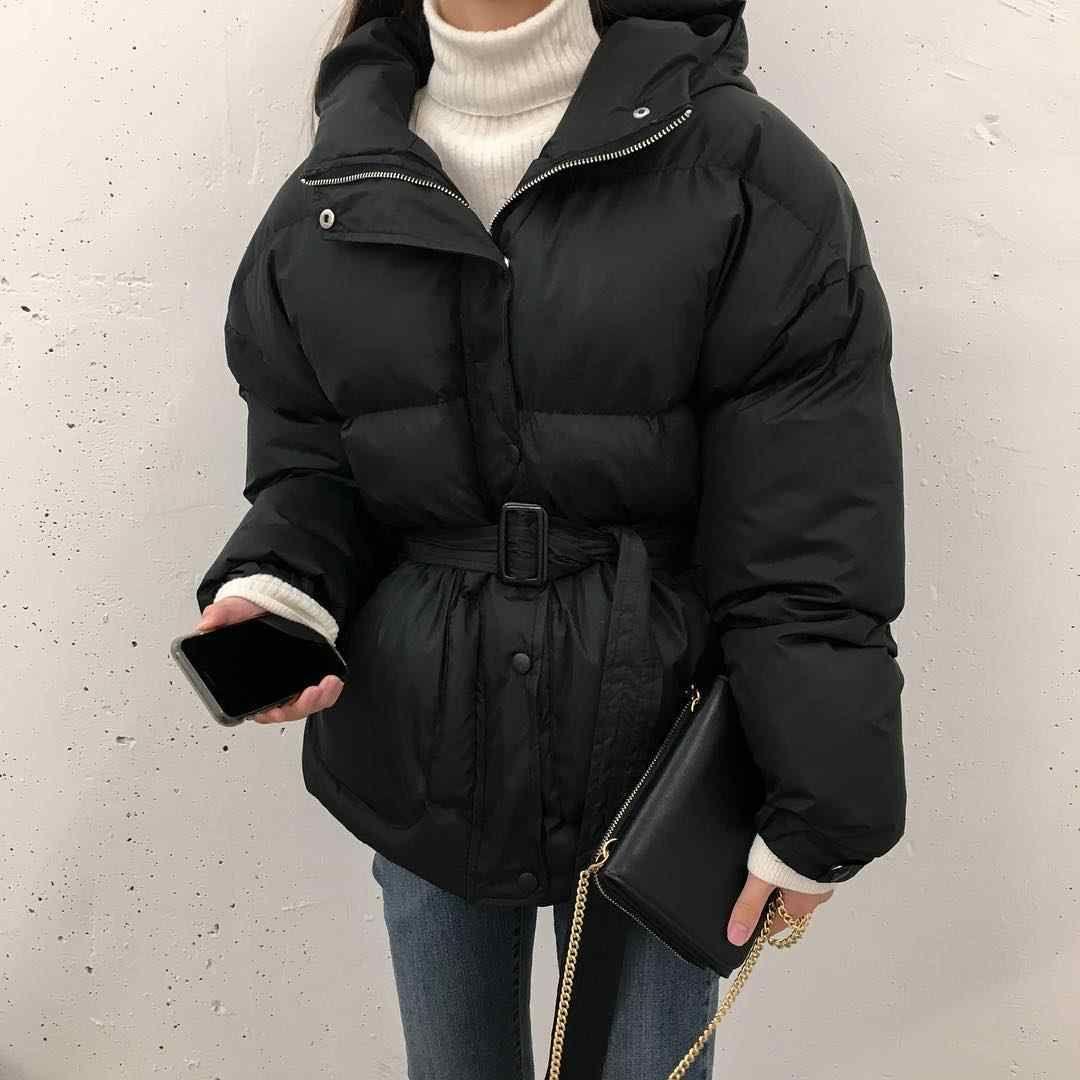 今冬羽绒服+直筒裤,羽绒服 + 裙子,羽绒服+针织衫,才是最保暖时髦打开方式!